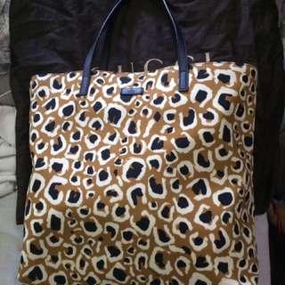 Authentic Brandnew Gucci Bag Not Kate LV Tory Mk Kors coach prada