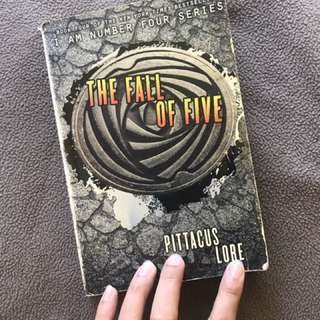 The Fall of Five (I Am Number Four Series) by Pittacus Lore