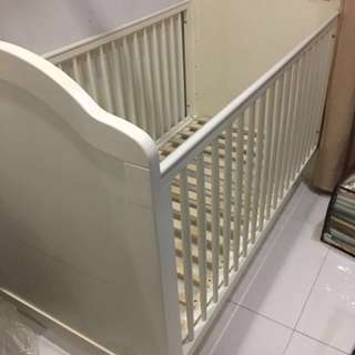 Mothercare baby bed (import from England)
