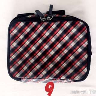 Checkered lunchbox