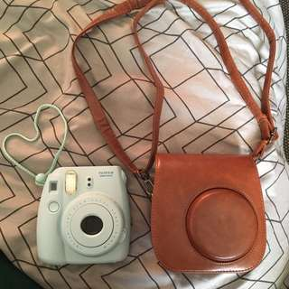 Instax min 8 with case