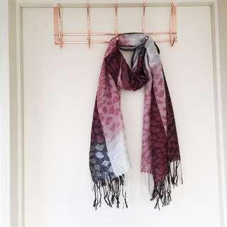 Pink scarf brand net