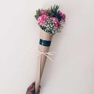 5s Carnation Cones