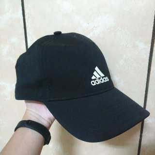 Adidas 帽