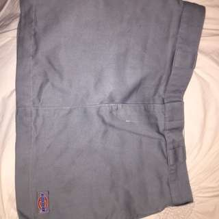 GREY DICKIES SKIRT