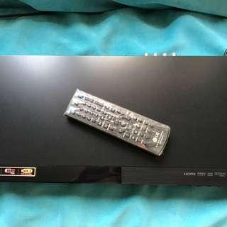 LG DVD 機 支援hdmi 輸出 (不包hdmi) 線。新淨少用不多過20次。機身新淨