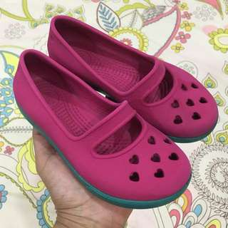 Girls' Crocs (Flats)
