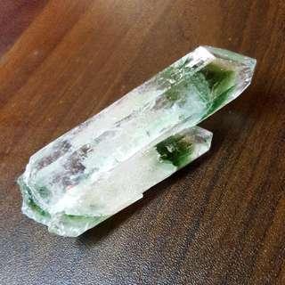 TWIN GREEN PHANTOM WITH CLEAR QUARTZ 双头绿幽灵白水晶