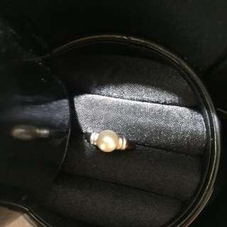 日本珍珠戒子