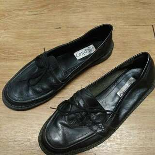 Shoes Flat Leather Size 40