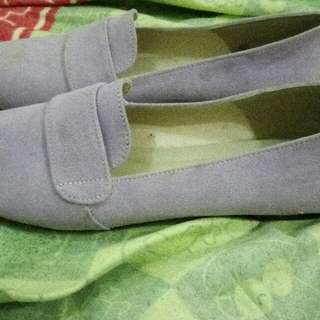 Flat shoes almost new !
