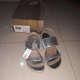 Sepatu Fladeo/ Teplek