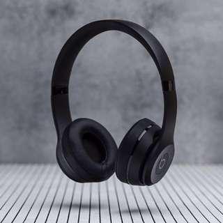 Beats Solo3 Wireless Headphones Special BLACK Edition (BNIB)