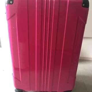 28吋行李箱 八成新