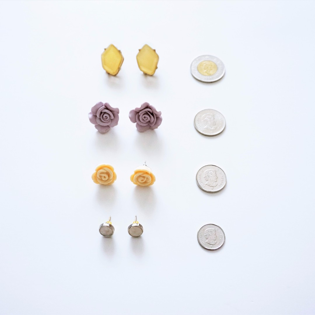 4 Pairs of Stud Earrings (Jewel, Roses, Gold, Mother-of-Pearl)