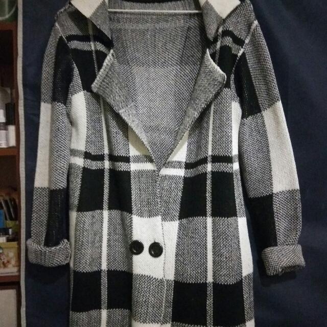 <三件九折+免運>黑白格紋針織外套