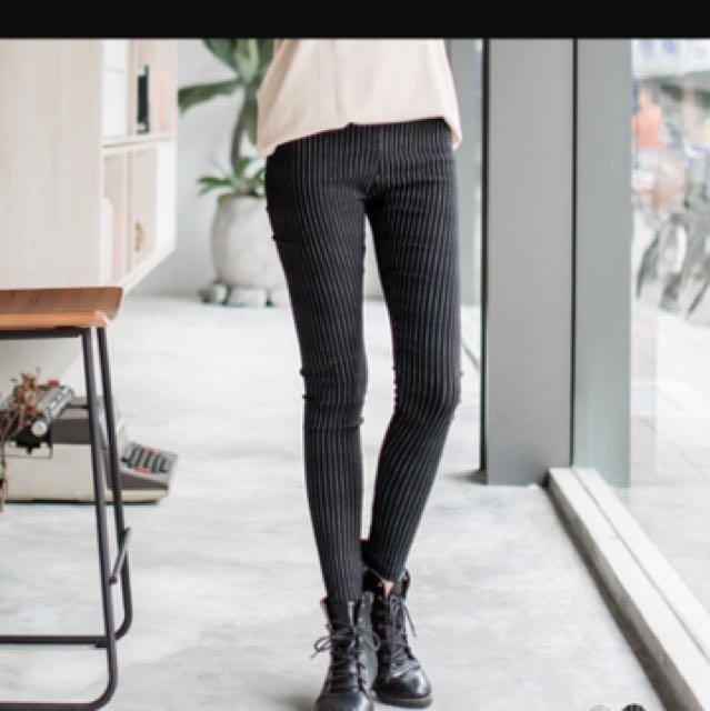 直條紋彈性窄管長褲
