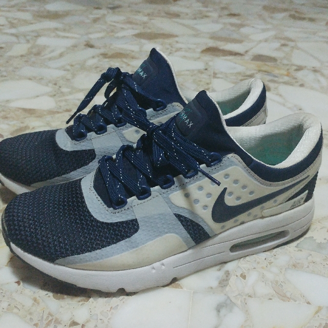 outlet store d7147 a1b05 NIKE AIR MAX ZERO OG US11, Men s Fashion, Footwear on Carousell