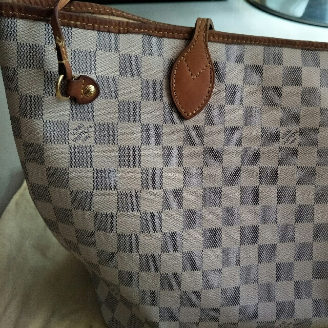 14fe87ff33 FAST DEAL! Authentic Louis Vuitton Neverfull MM Damier Azur