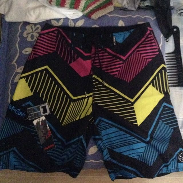 Authentic Maui and Sons Boardshorts