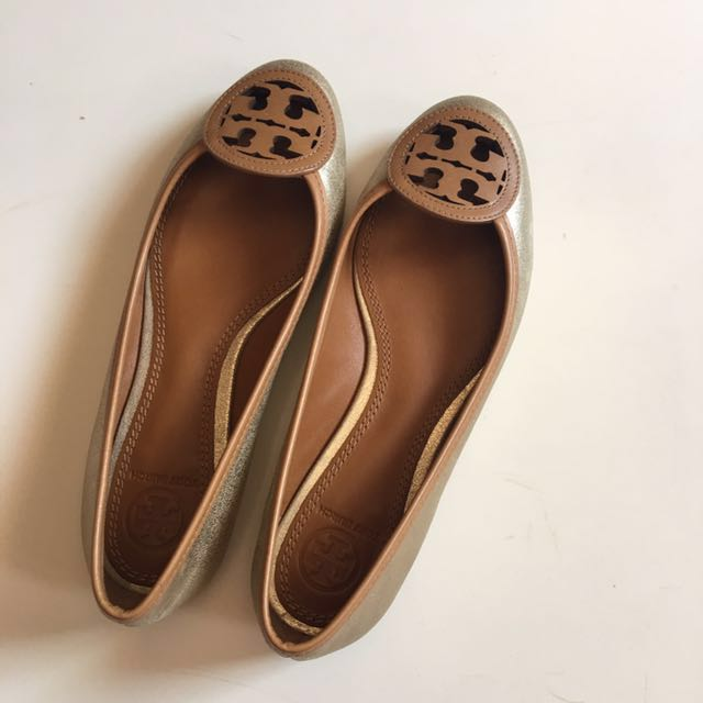 2e5eca16e0bc Authentic Tory Burch Ballet Flat Size 5.5