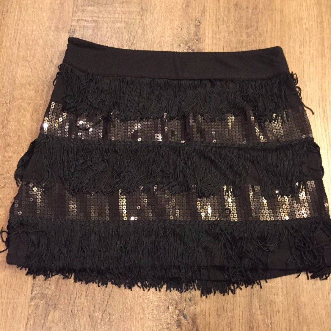 Black flapper style skirt (size small) from FOREVER 21 USED ONCE