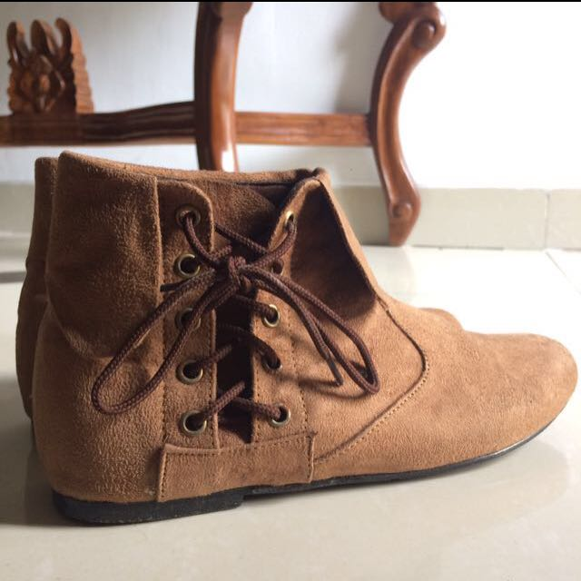 Boot Suede