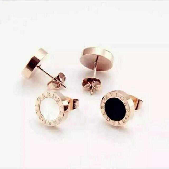 Bvlgari Black White Unisex Stud Earrings Women S Fashion