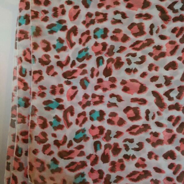 Colours Cheetah Shawl