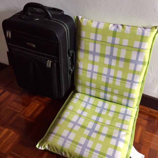 Floor seat and FOC Crocodile luggage