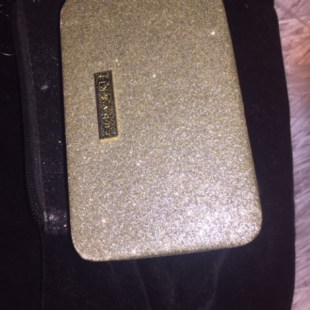 GOLD SPARKLY CLUTCH WALLET