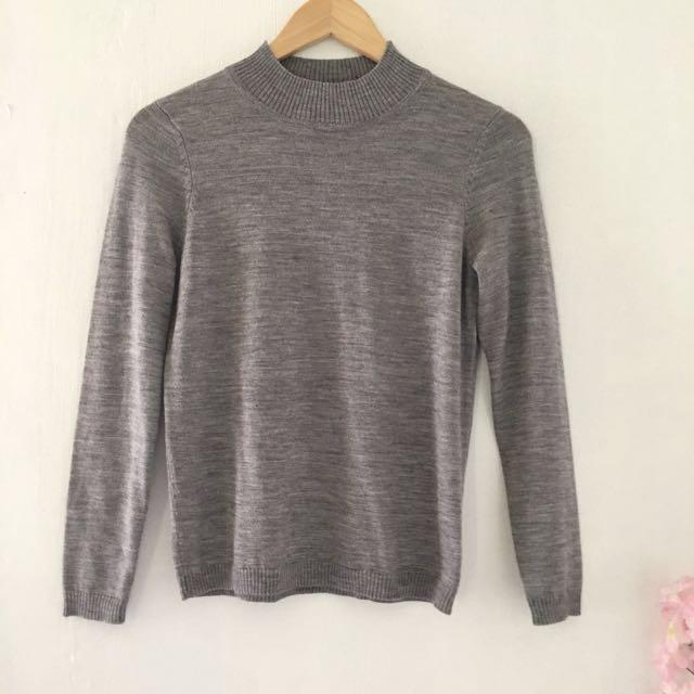JOYCELIN gray sweater