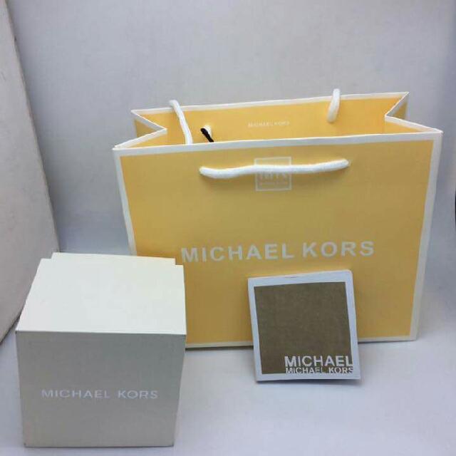95169e358946 Michael Kors watch