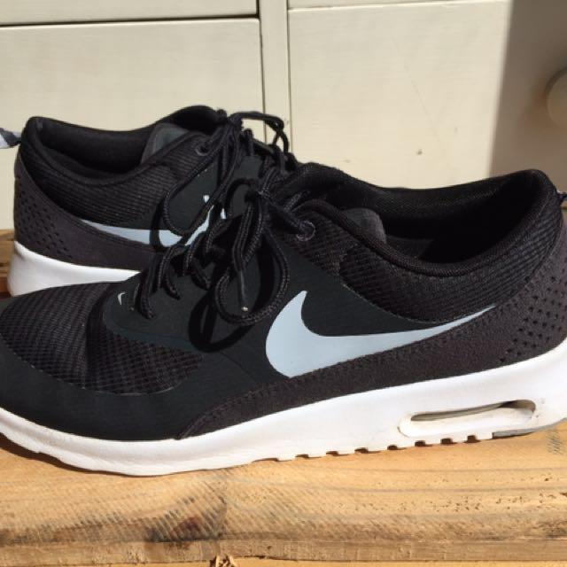 Nike Air Max Thea Size 10