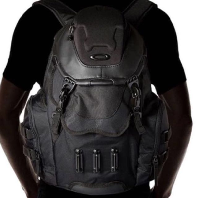 aa4c0a06dbc Oakley Bathroom Sink Backpack (Bag) - Stealth Black. Just Arrival ...