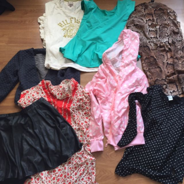 Pre loved clothes 😍 (i sell my own clothes - decluttering as well)