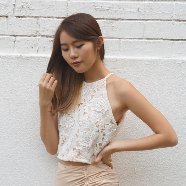 The Editor's Market Lace Blush Top