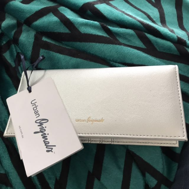 Urban Originals Silver Wallet