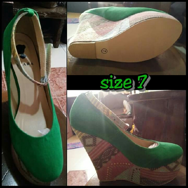 Wedge Shoes Green size 7