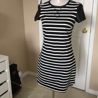 Black and White Dress Dynamite Small