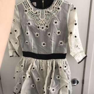 Size S dress