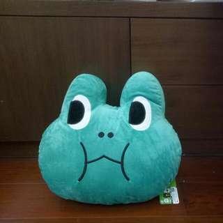 LINE青蛙抱枕 玩偶 娃娃 暖手枕 35*27cm 全新正版