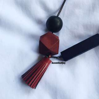 Tassel Colour block necklace red