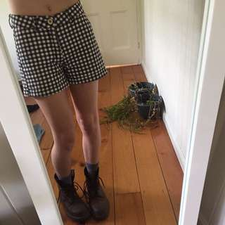 Checkered Gingham Black White Gold Button Up shorts