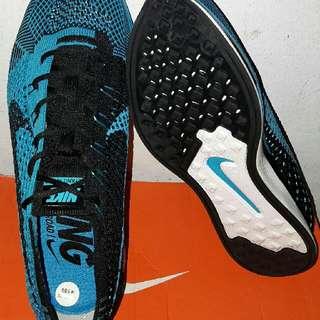 Nike Flyknit Racer ORIGINAL