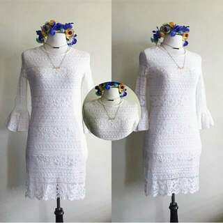 White Lace Dress with Bellsleeves