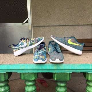 2 Preloved shoes (nike)