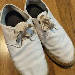 百搭 白鞋