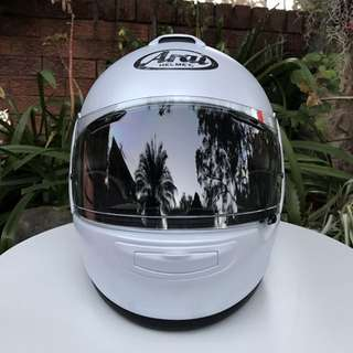 Arai Vector 2 Helmet