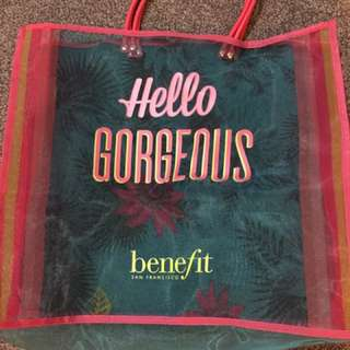 Benefit gorgeous bag